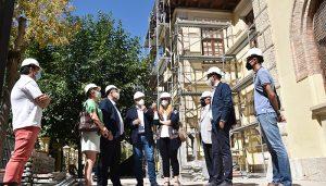 """Los trabajadores del programa RECUAL ya están trabajando en el mantenimiento de los colegios de Cuenca para la """"puesta a punto"""" de septiembre"""