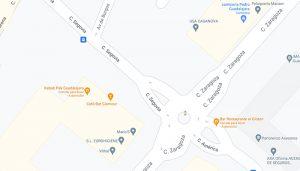 Policía Local de Guadalajara y Bomberos desalojan un edificio de viviendas tras una explosión de gas en un local en la calle Segovia
