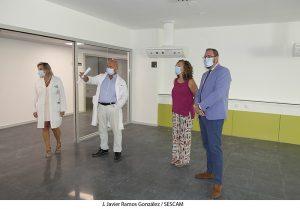"""Robles califica de """"transcendental"""" para la provincia la recepción de las obras del Hospital Universitario"""