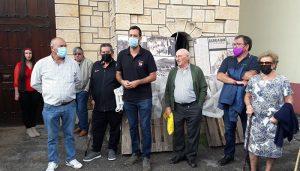 El Ayuntamiento de Jadraque homenajea los sus vecinos con una placa en el 40 aniversario del inicio de la obras de la Plaza de Toros