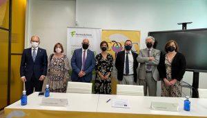 El Colegio Oficial de Farmacéuticos de Cuenca inaugura su nueva sede con la esperanza de que pronto pueda estar llena de vida