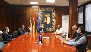 Empresarios del polígono Los Tobares de Molina de Aragón se reúnen con el delegado de la Junta en Guadalajara