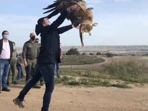 Actividades en el Barranco del Río Dulce y en la Laguna de Uña con motivo del Día Mundial de las Aves y las Aves Migratorias