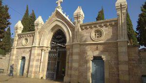 El cementerio municipal 'Santísimo Cristo del Perdón' de Cuenca cambia a su horario de invierno a partir de este lunes